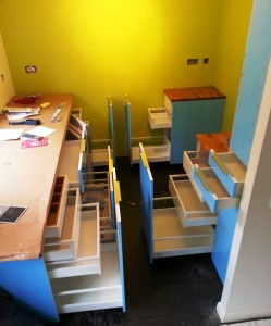 flat pack kitchen assembly